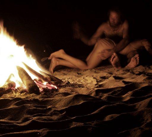 beach-spanking