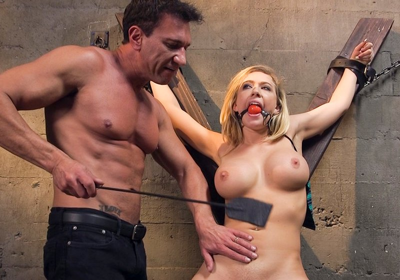 breast whipping crop
