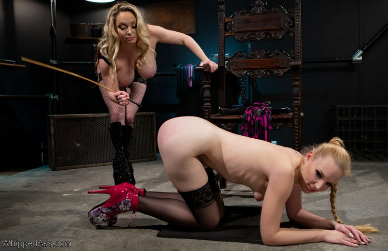 ass caning Delirious Hunter