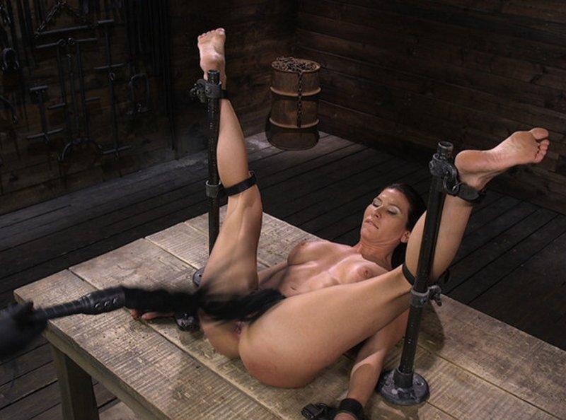 bondage pussy whipping