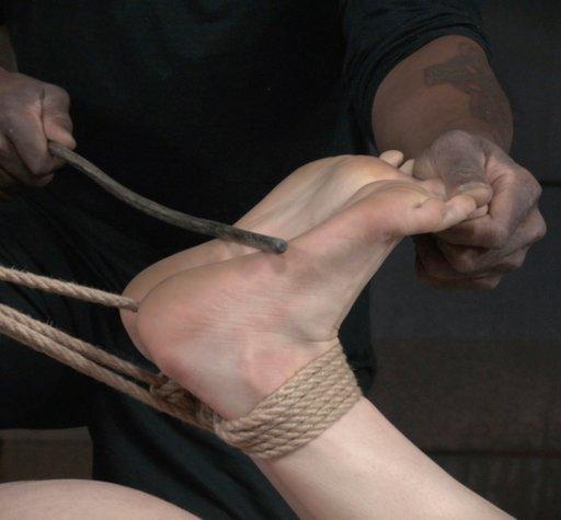 falaka bastinado caning Endza's feet