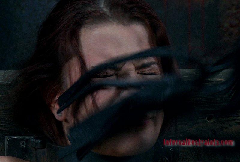 face flogging Sarah Blake