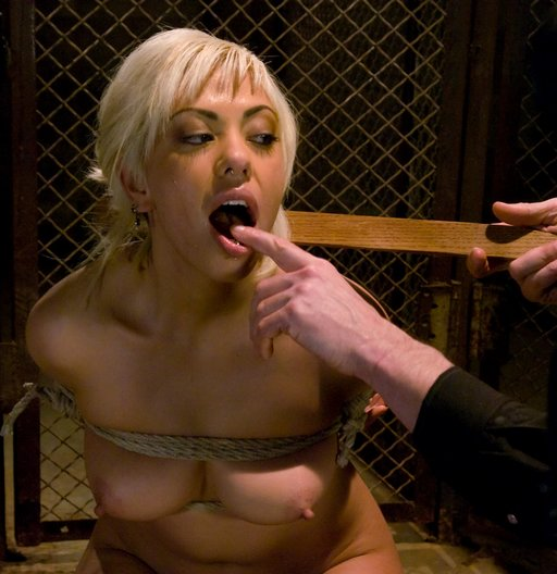 mouth training for Satine Phoenix