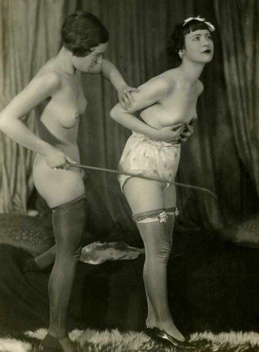 lesbian-posture-correction