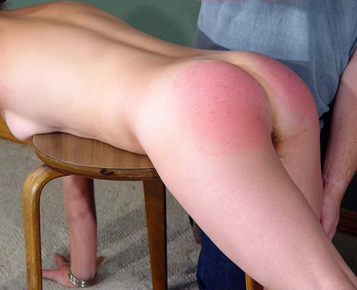 a hand spanking for llela at paintoy.com