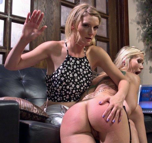 stepmom-spanking-01