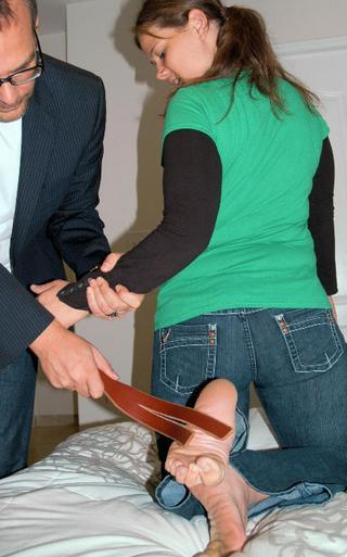 feet spanking