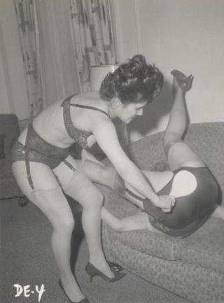 vintage paddle ball paddling