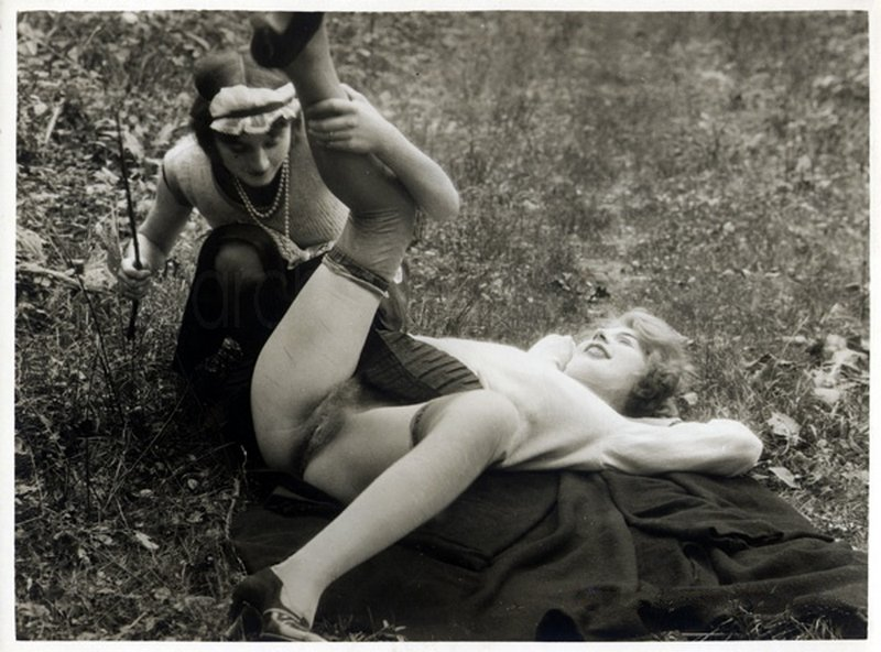 pussy spanking picnic