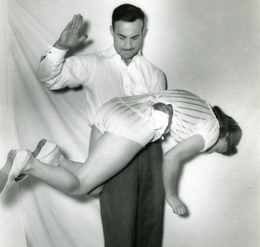 vintage-underwear-spanking-detail